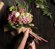 cheap graduation flowers Singapore